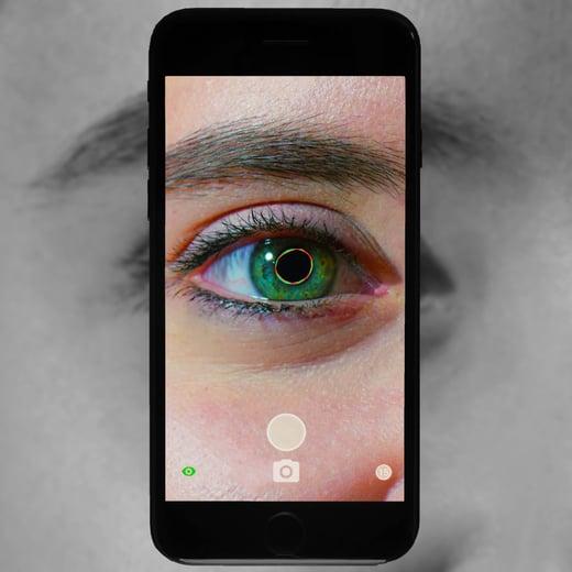 mobile-app-pupillometer-Reflex-brightlamp